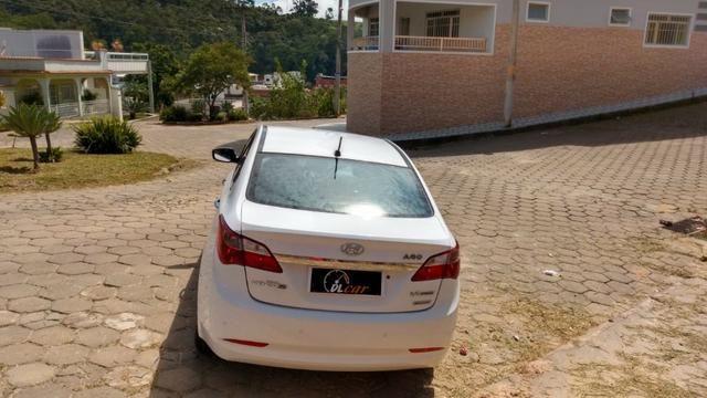 Hyundai HB20s 1.6 Premium Aut Branco Completo - Foto 10