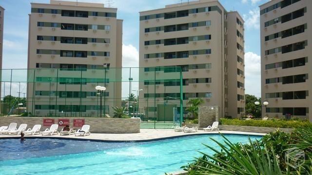 Otimo apartamento em condominio fechado em Candeias RL