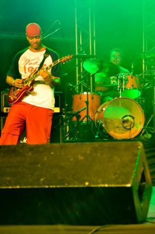 Aulas de Guitarra e Violão Iniciantes e Intermediários - Foto 4