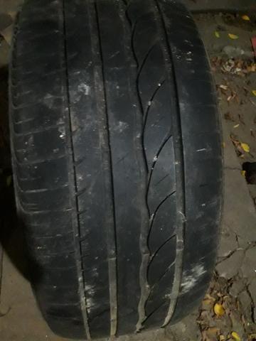 Vendo pneu para cruzer 225/50/17 muito novo original - Foto 3