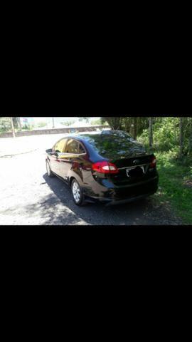Vende-se New Fiesta sedan 2011 - Foto 7