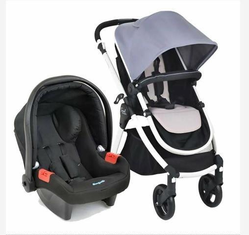 Carrinho de Bebê + Bebê Conforto + Capa de chuva