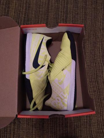 Tênis futsal Nike phantom  - Foto 6