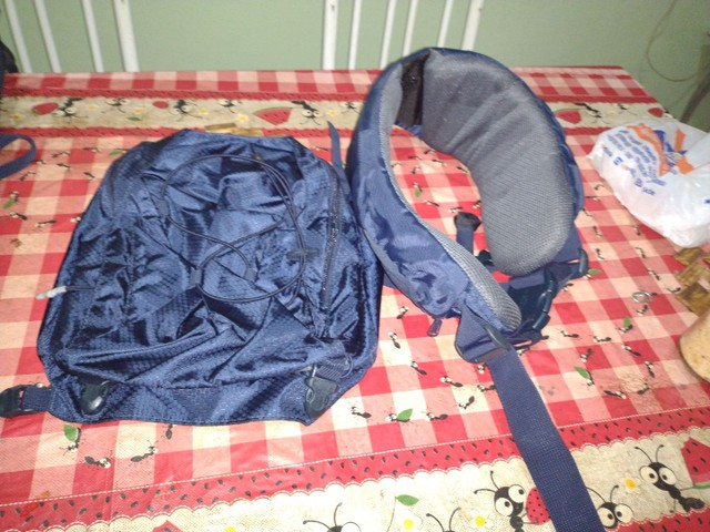 Vendo mochila Symbiom Quechua - Foto 3