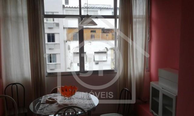 Apartamento - COPACABANA - R$ 1.800,00