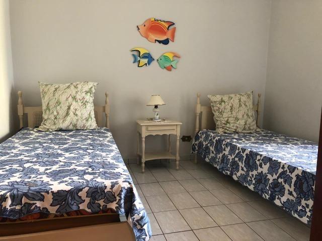 Amplo apartamento a 150m do mar - Foto 17