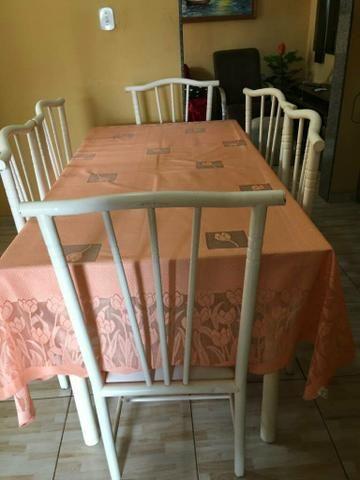 Mesa com um conjunto de 6 cadeiras - Foto 6