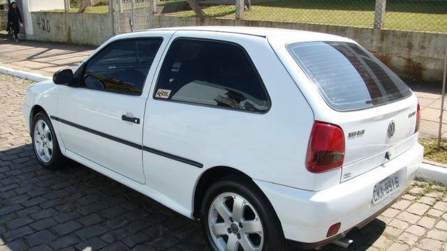 VW Gol 1.6 AP 1997 com direção hidráulica - Foto 4