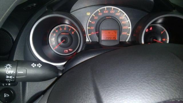 Honda fit LX aut baixa KM (39 mil Km) 2014/14 - Foto 3