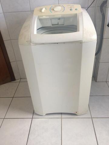 Vende maquina de lavar Eletrolux
