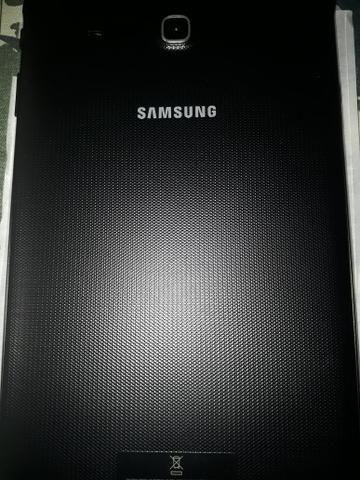Tablet Tab E tela 9.6. 8 GB mais cartão com 64 GB - Foto 2