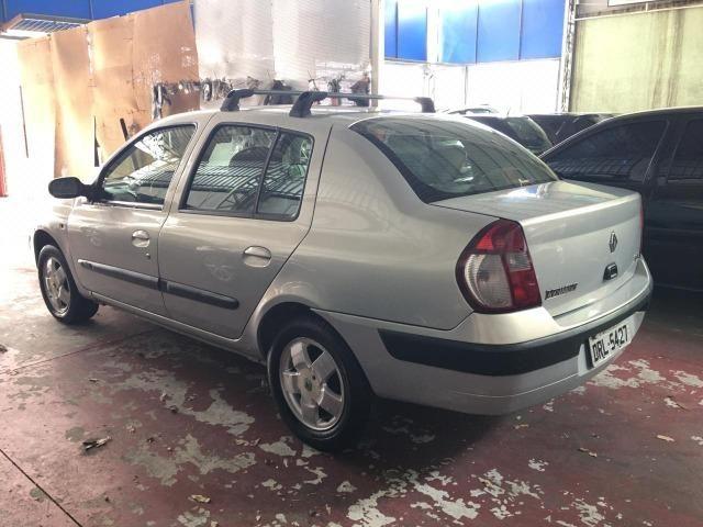 Clio Sedan Abx da tabela - Foto 3