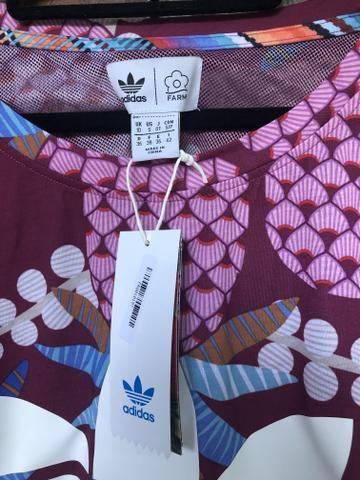 0aead3a6929 Blusa Adidas farm - Roupas e calçados - Itaipuaçu