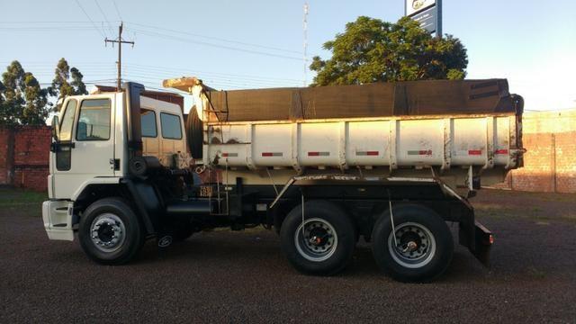 Ford Cargo 1622 truck 6x2 com caçamba Rosseti 10m3 unico dono - Foto 12