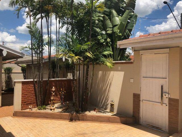 Residência construída em 700 M2 de terreno com piscina em Araras-SP - Foto 2
