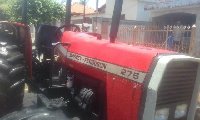 Trator 275 / 4X4 Massey - Ferguson - Foto 3