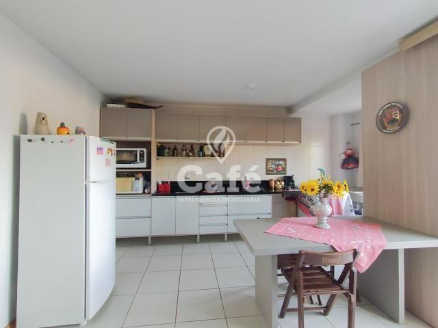 Apartamento de 2 dormitórios, sala, cozinha e área de serviço. - Foto 5