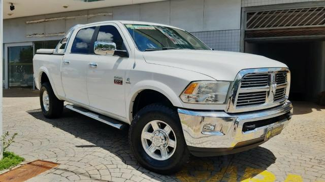 Dodge Ram Laramie 2012/2012 - 110.000km - 137.900,00