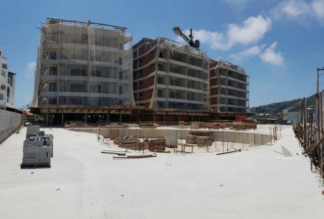 Frente ao mar 02 e 03 Qts 03 suítes e coberturas com piscina Arraial do Cabo - Foto 5