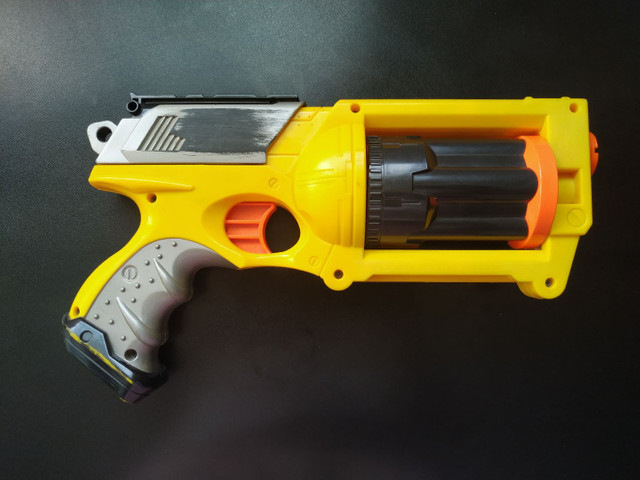 Arma nerf Maverick r-6