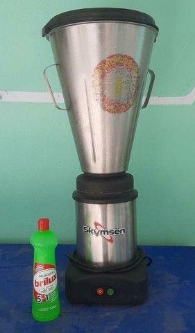 Vendo liquidificador industrial 8 litros - Foto 2