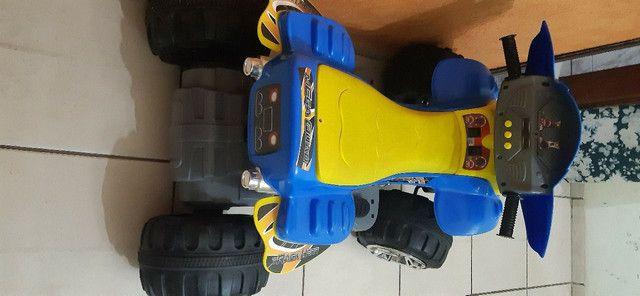 Quadriciclo Infantil elétrico 12V - Bateria nova - Foto 3