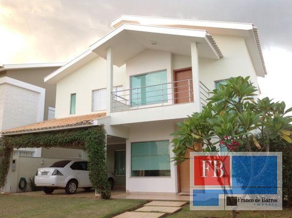 Casa sobrado em condomínio com 3 quartos - Bairro Jardim Village do Cerrado em Rondonópoli