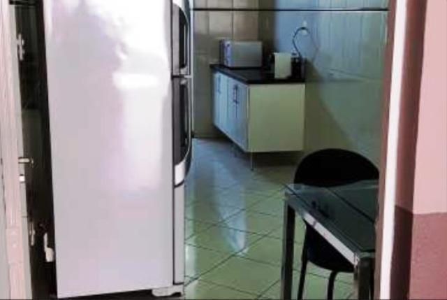 Localização excelente no bairro joão pinheiro,rua cata preta,casa espaçosa arejada,com ilu - Foto 6