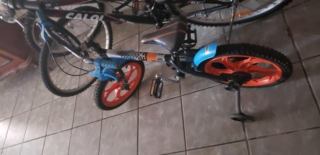 Bicicleta infantil hot whels aro 12 - Foto 2
