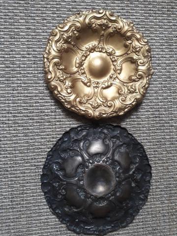 Par de pratos Portugueses em bronze - Foto 2
