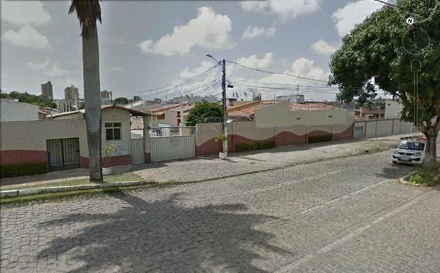 Casa de 3 quartos com 117 m2 no Cond Madre Tereza de Calcutá - R$256.000,00
