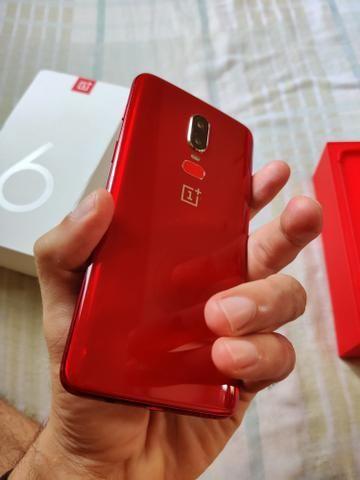 OnePlus 6 Red Edition 8GB RAM/128GB - Foto 2