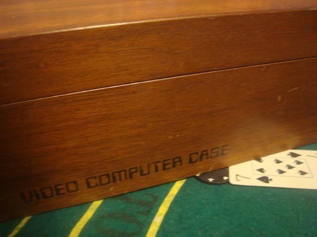 Atari frente madeira na caixa de madeira 2 controles - Foto 5