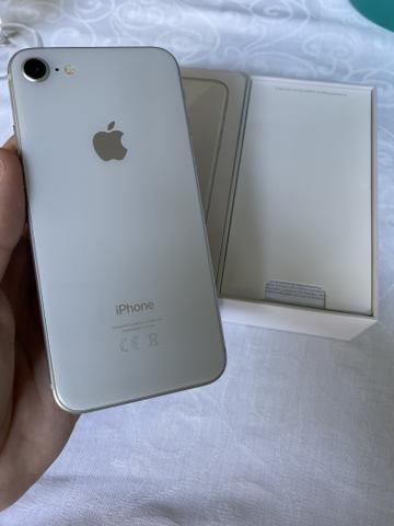 IPhone 8 64gb branco! Caixa! Garantia! Sair hoje - Foto 2