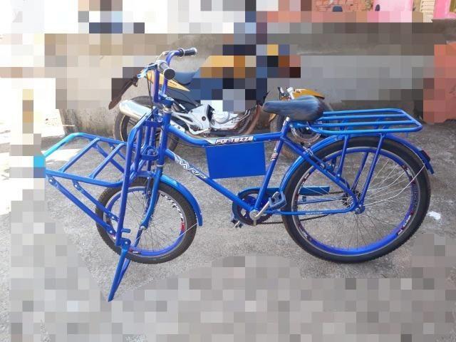 Vende-se bicicleta cargueira, semi-nova