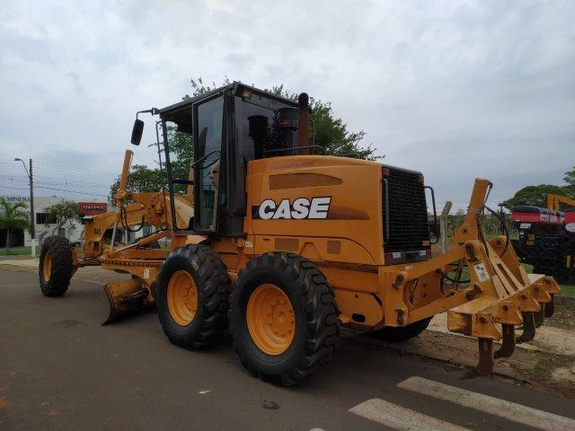 Motoniveladora CASE 845