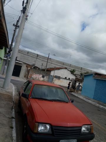 Carro monza 1.8 ano 84 - Foto 2