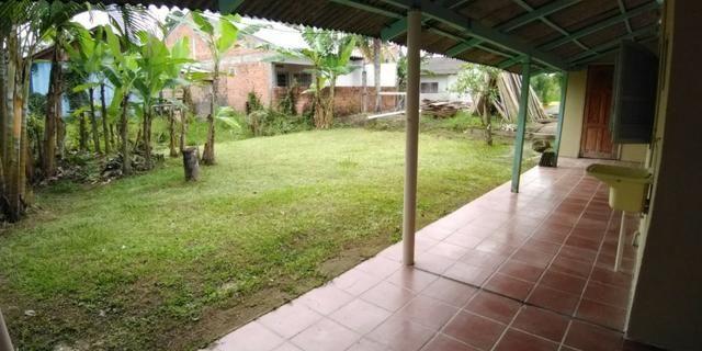 Casa em alvenaria localizada na Barra do Saí - Foto 16