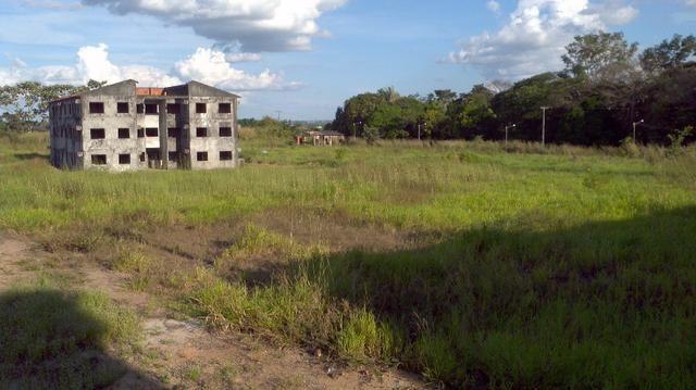 Ótimo negócio prédio em Ji Paraná com 24 apartamentos faltando acabamento - Foto 2