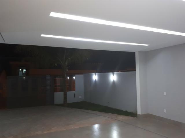 Vicente Pires casa pé direito duplo 3 quartos rua 12 f.9  * - Foto 2