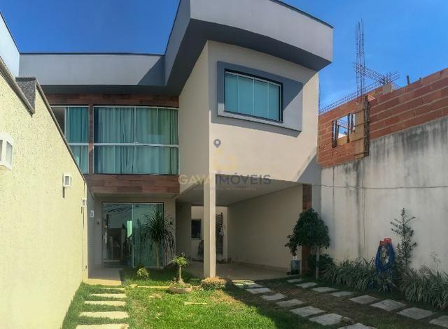Casa em alto padrão com churrasqueira próximo a Campo Grande