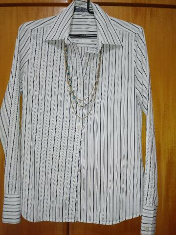 94d6fddda876 Camisa social listrada da Le Lis Blanc - Tam P ( blusa feminina )