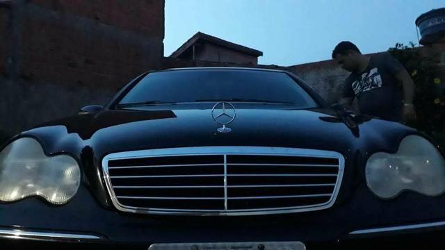 Vendo ou troco Mercedes mas informações no zap * - Foto 5