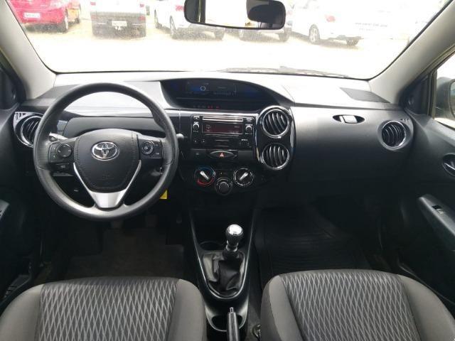 Etios Toyota SD XS 1.5 - Foto 4