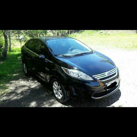 Vende-se New Fiesta sedan 2011 - Foto 4