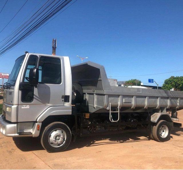 caminhao ford cargo 816 basculante 2013 - Foto 2