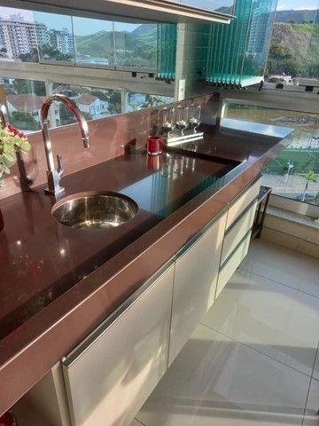 A RC + Imóveis vende um excelente apartamento no centro de Três Rios-RJ - Foto 15