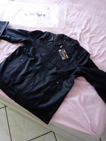 Jaqueta em couro NOVA - Foto 2