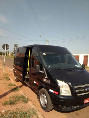 Van Transite com moto zerado, nota fiscal do novo motor - Foto 3