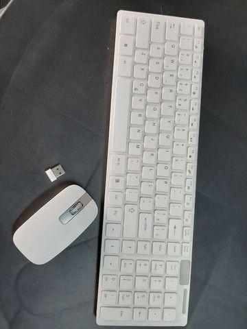 Teclado Wireless com mouse